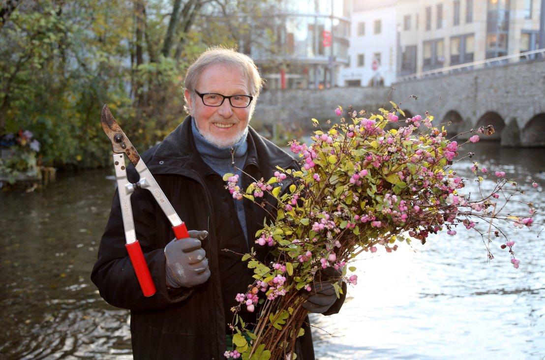 Erfurter vorgestellt #2 Herr der Schiffchen. Egon Ehlers Kapitän der Dutzend Blumenschiffchen in der Gera.